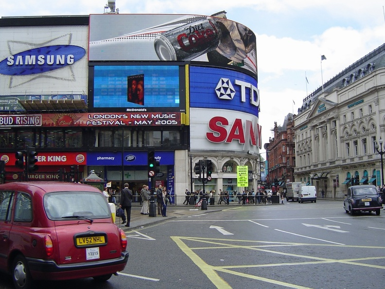 20050510 London Piccadilly Circus